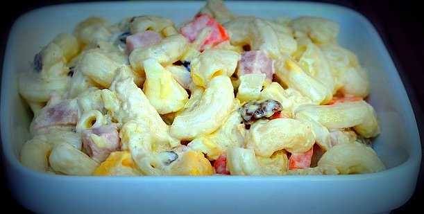Filipino macaroni salad ivys kitchen 2016 by ivys kitchen tags boiled celery chicken eggs elbow macaroni filipino filipino cuisine filipino food filipion recipe forumfinder Image collections